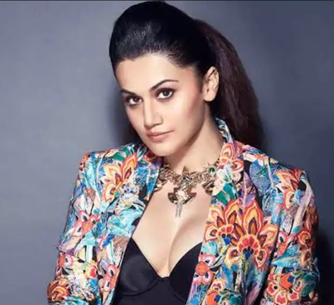 Here's why Taapsee Pannu is a living example of beauty with brains!